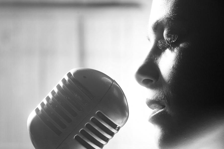 Gesangsunterricht Stuttgart mit Vanessa Tuna, Gesangsunterricht in Person