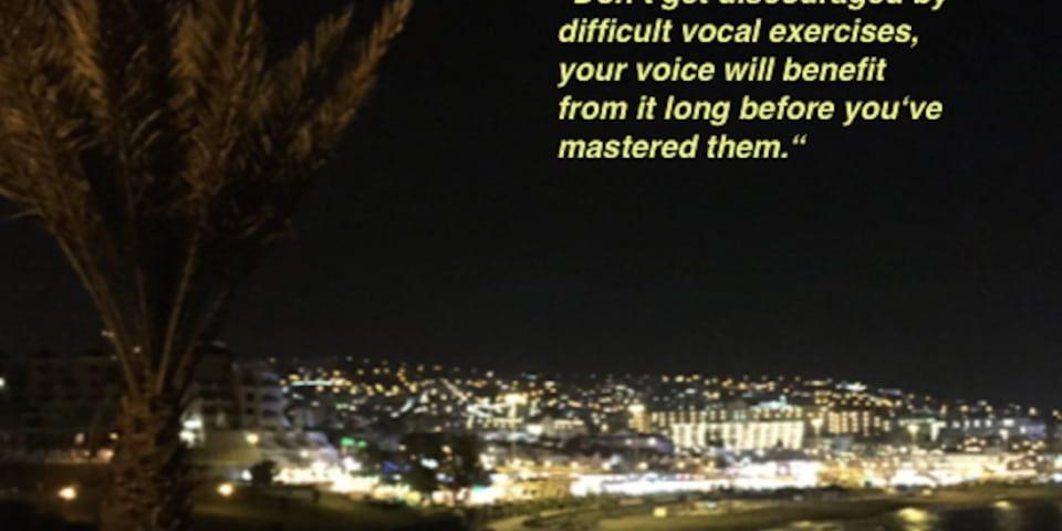 Gesangsunterricht Stuttgart: Vocal Tipps auf Instagram - folgen Sie uns jetzt.